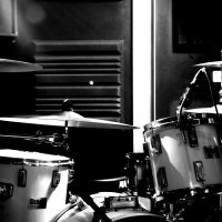 drums-recording-blackwhite